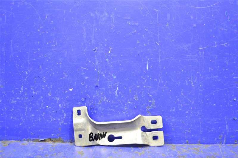 Крепление бампера Bmw 7 G11 2015 переднее правое (б/у)