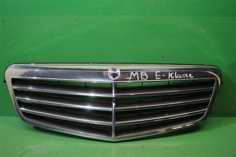 Решетка радиатора Mercedes E-Klasse W212 2009 (б/у)