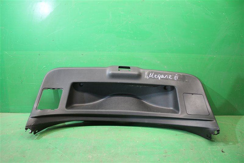 Обшивка крышки багажника Renault Megane 3 2008 (б/у)