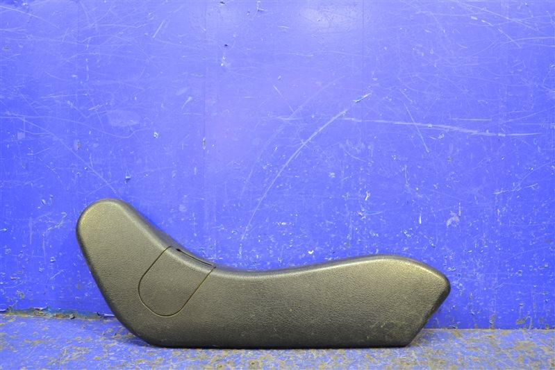 Накладка сиденья Mercedes С W203 2000 (б/у)