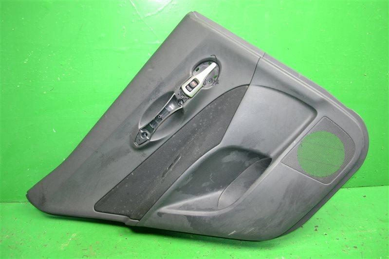 Обшивка двери Toyota Auris 2006 задняя левая (б/у)