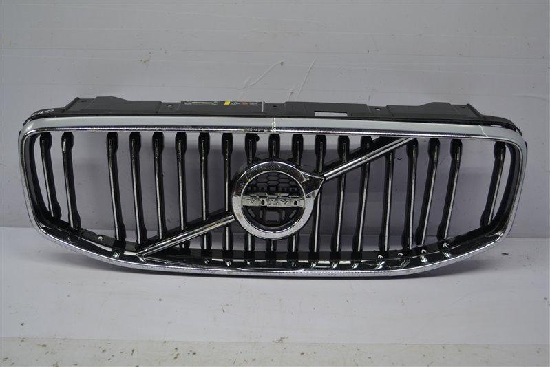 Решетка радиатора Volvo V90 1 2016 передняя (б/у)