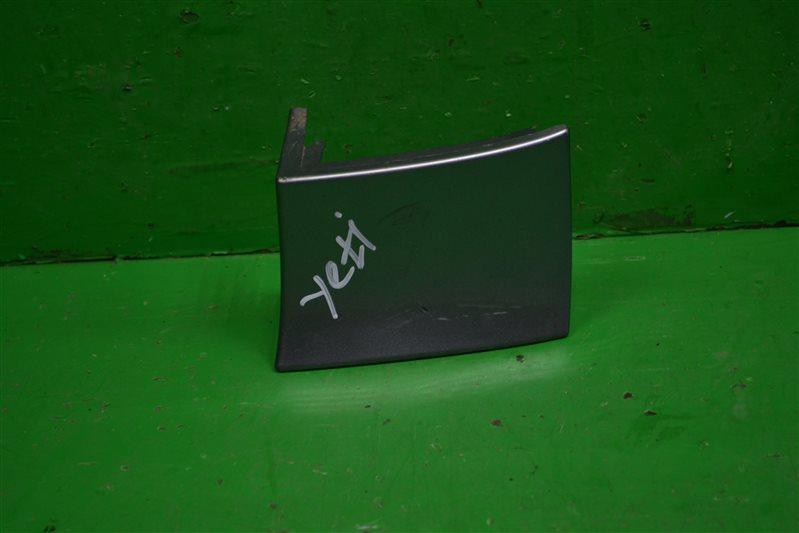 Накладка под фонарь Skoda Yeti 2009 задняя правая (б/у)