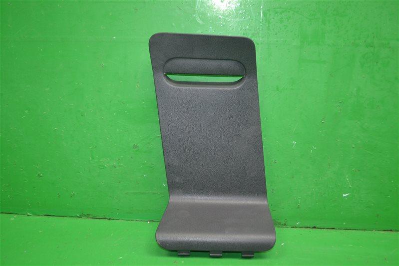 Крышка обшивки багажного отделения Renault Duster 2010 (б/у)