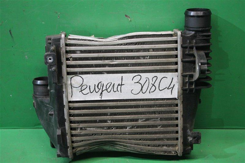 Радиатор интеркулера Peugeot 308 2 2013 (б/у)