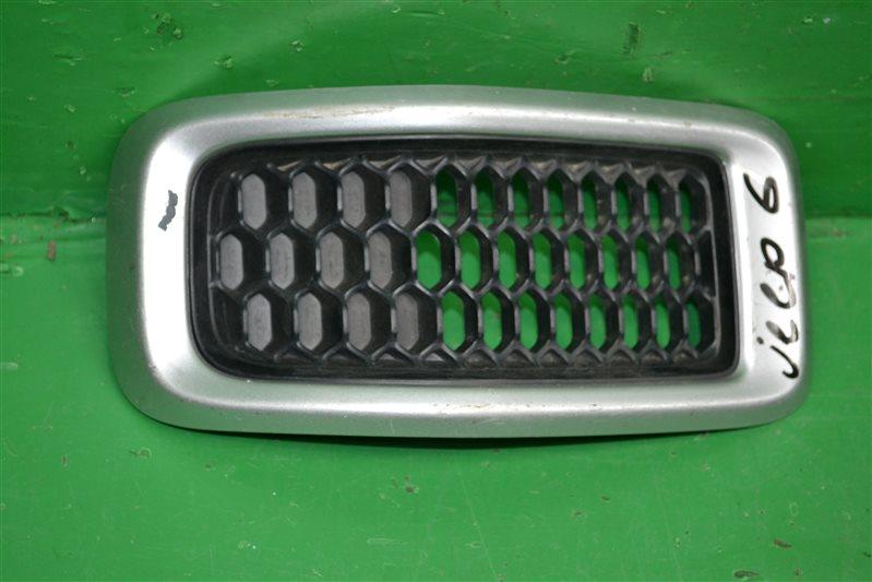 Решетка радиатора Jeep Cherokee KL 2013 передняя (б/у)