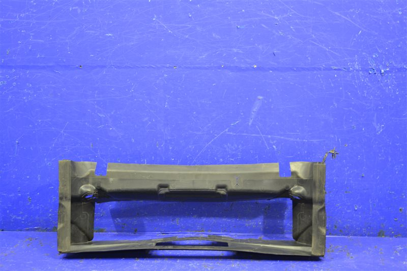 Воздуховод радиатора Bmw 4 F32 F33 F36 2013 нижний (б/у)