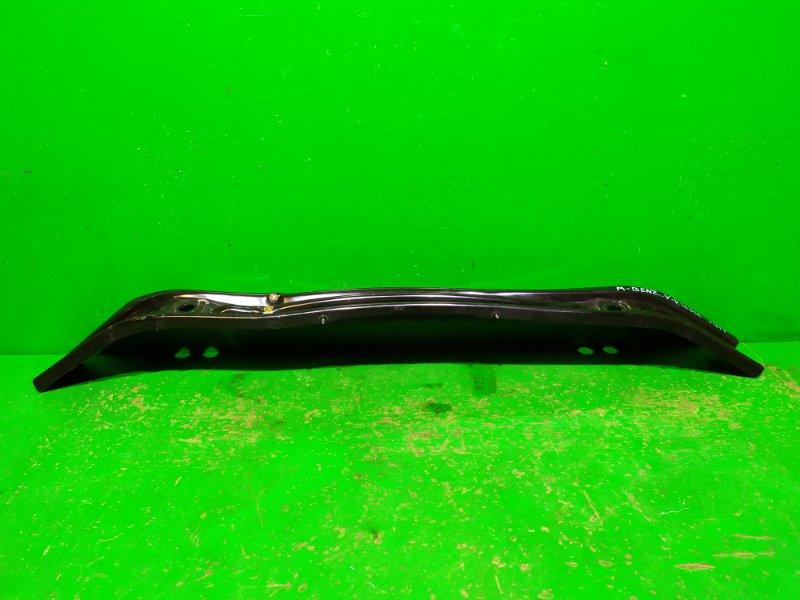 Усилитель бампера Mercedes V W447 2014 передний (б/у)