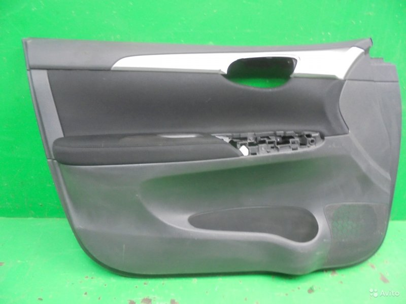 Обшивка двери Nissan Sentra B17 2012 передняя левая (б/у)