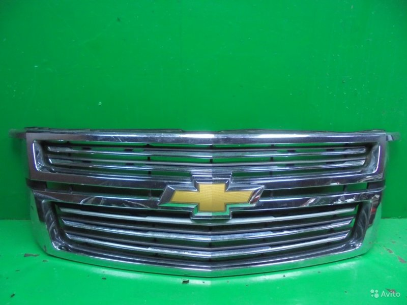 Решетка радиатора Chevrolet Tahoe 4 2014 (б/у)