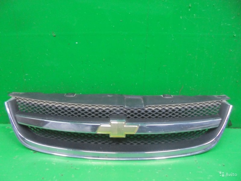 Решетка радиатора Chevrolet Lacetti 2004 (б/у)