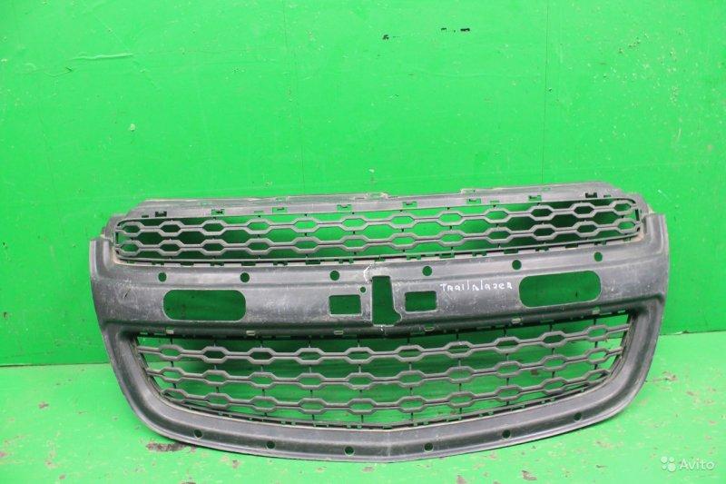 Решетка радиатора Chevrolet Trailblazer 2 2012 (б/у)