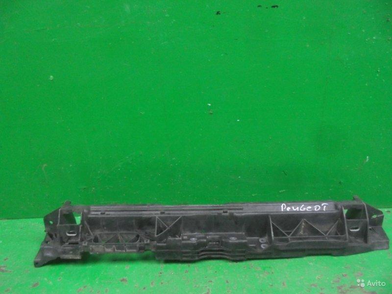 Панель передняя ( телевизор ) Peugeot 308 2007 передний верхний (б/у)
