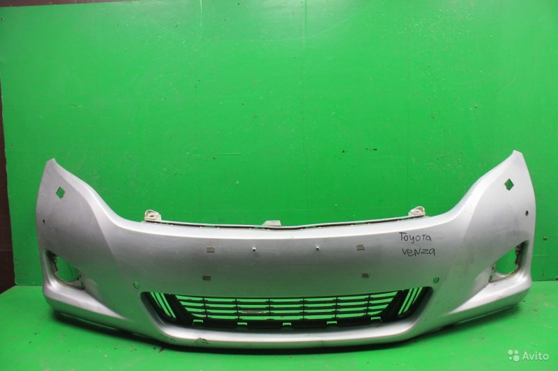 Бампер Toyota Venza 2009 передний (б/у)