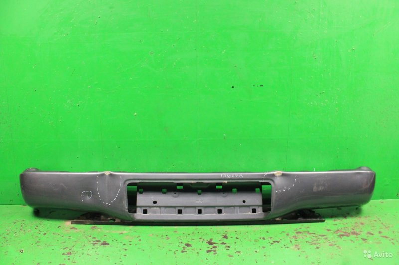 Юбка бампера Toyota Hilux 7 2005 задняя (б/у)