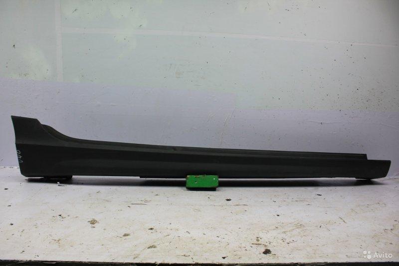 Накладка порога Volvo V40 2 2012 правая (б/у)