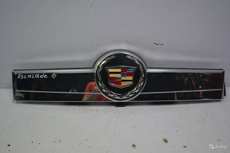 Накладка двери багажника Cadillac Escalade 3 2006 (б/у)