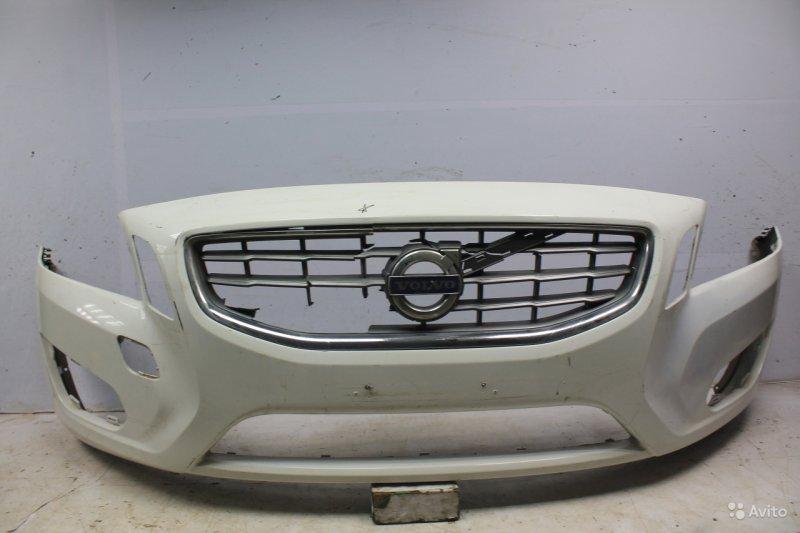 Бампер Volvo V60 2010 передний (б/у)