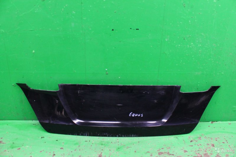 Накладка двери багажника Hyundai Equus 2009 (б/у)