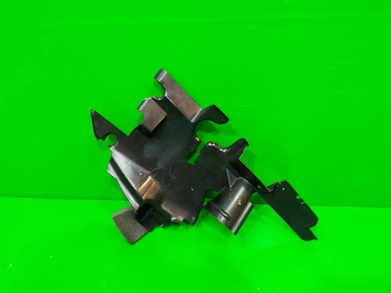 Воздуховод радиатора Infiniti Qx56 Z62 2010 правый (б/у)
