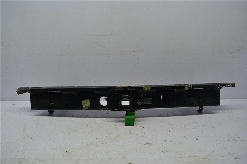 Усилитель бампера Cadillac Escalade 3 2006 задний (б/у)
