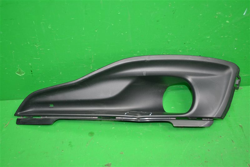 Накладка птф Citroen C4 2 2010 левая (б/у)