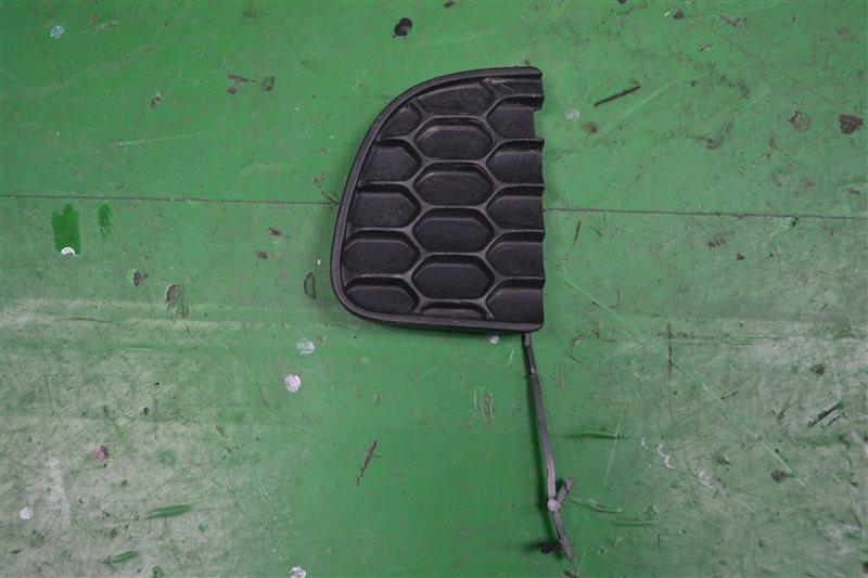 Заглушка буксировочного крюка Jeep Renedage 2014 задняя (б/у)