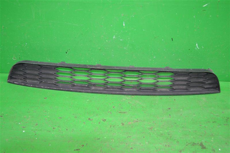 Решетка радиатора Ford Edge (б/у)