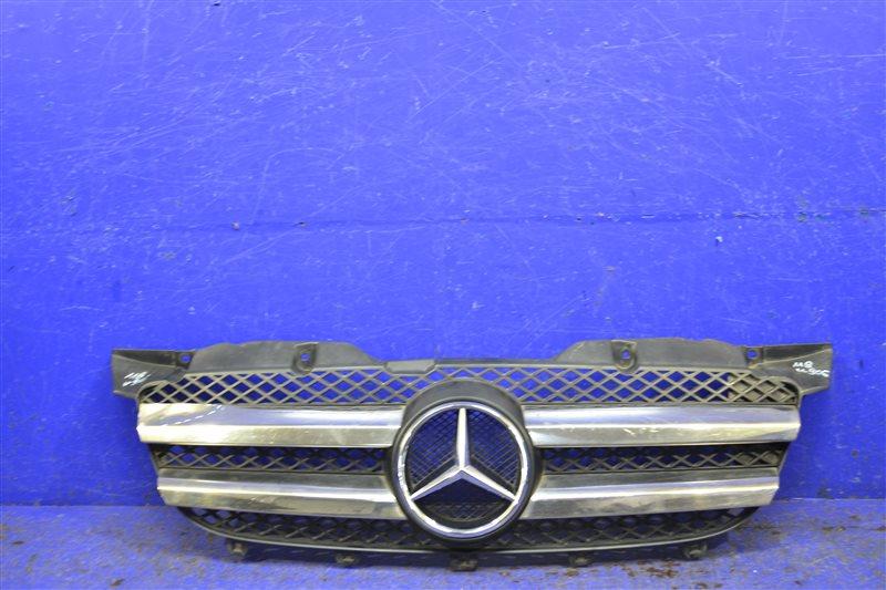 Решетка радиатора Mercedes Sprinter W906 (б/у)