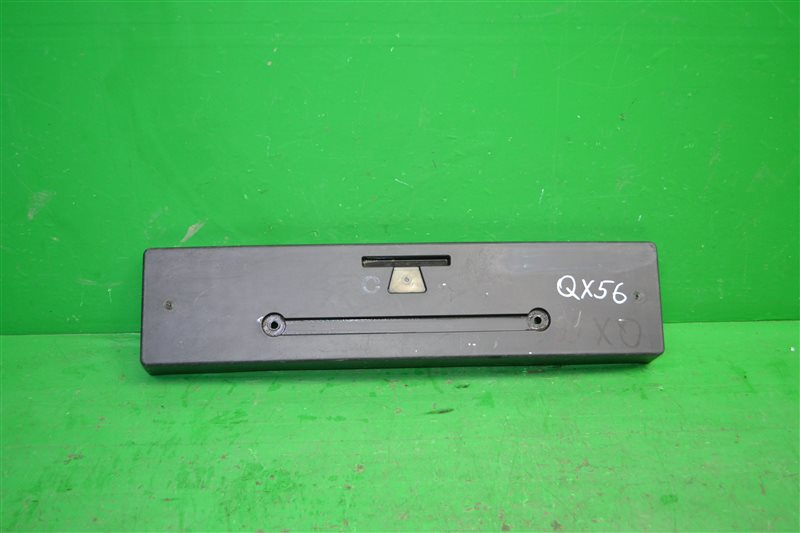 Площадка номерного знака Infiniti Qx56 Z62 2010 (б/у)