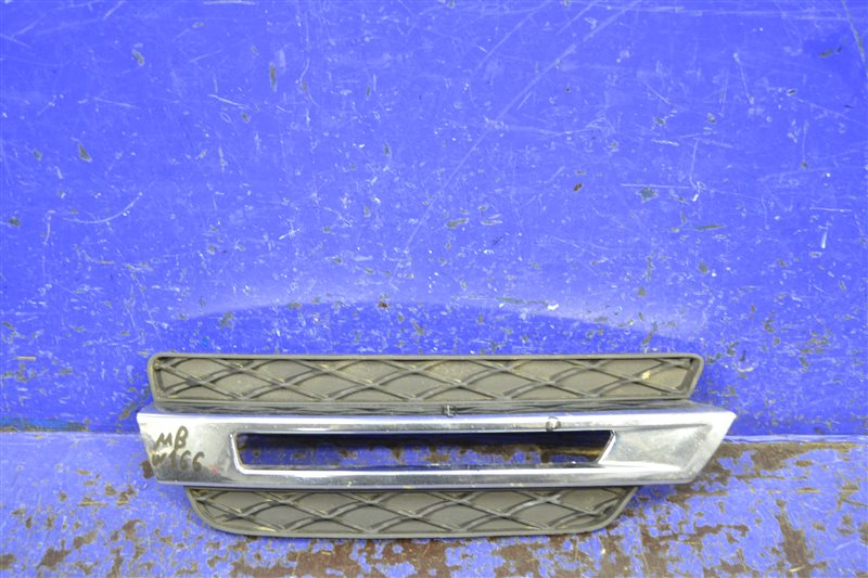 Накладка птф Mercedes Gl X166 2012 передняя правая (б/у)