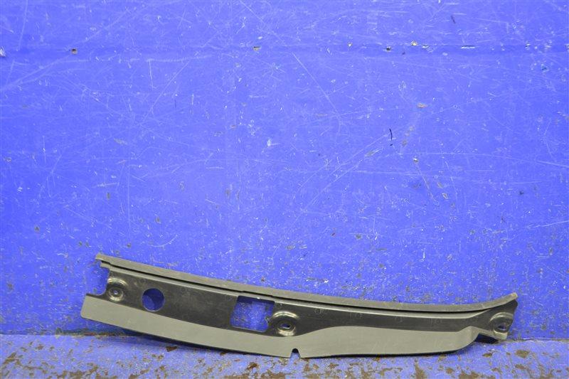 Уплотнитель капота Bmw 3 Gt F34 2011 правый (б/у)