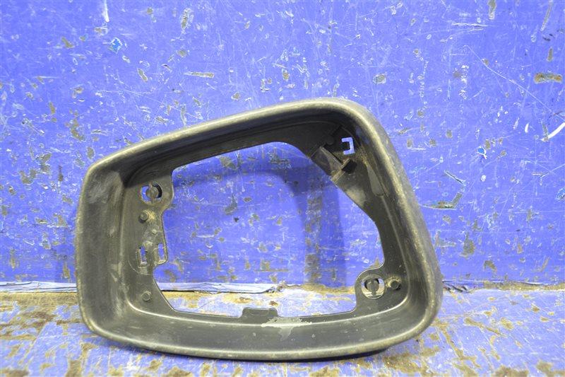 Рамка зеркала Volkswagen Polo 5 SEDAN 2010 правая (б/у)