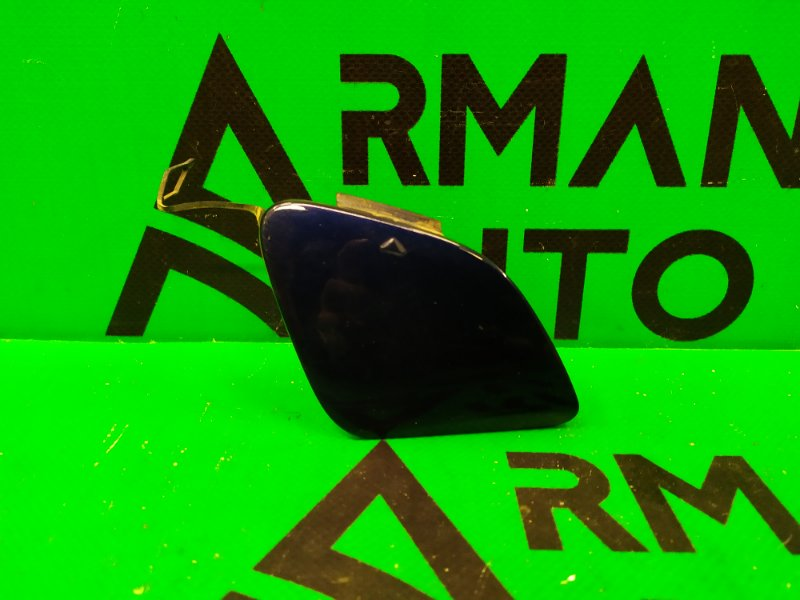 Заглушка буксировочного крюка Mercedes Cla C117 2013 (б/у)