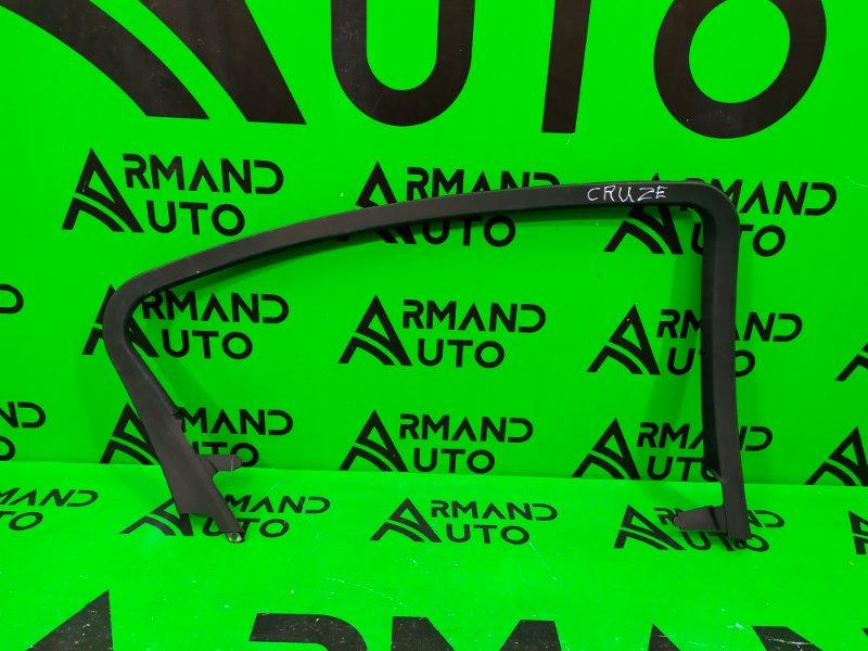 Накладка двери Chevrolet Cruze 2009 задняя левая (б/у)
