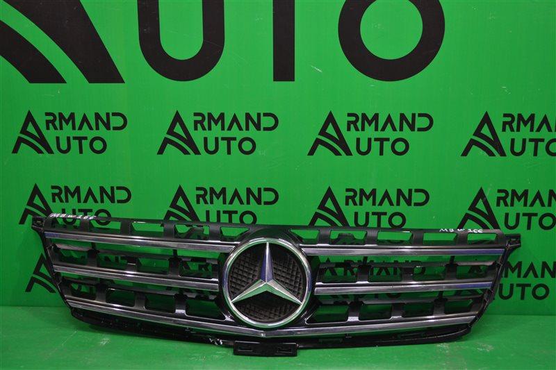 Решетка радиатора Mercedes Gl X166 2012 (б/у)