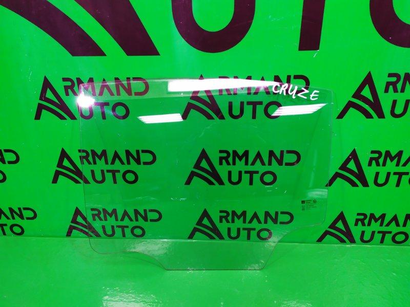 Стекло двери Chevrolet Cruze 2009 заднее левое (б/у)