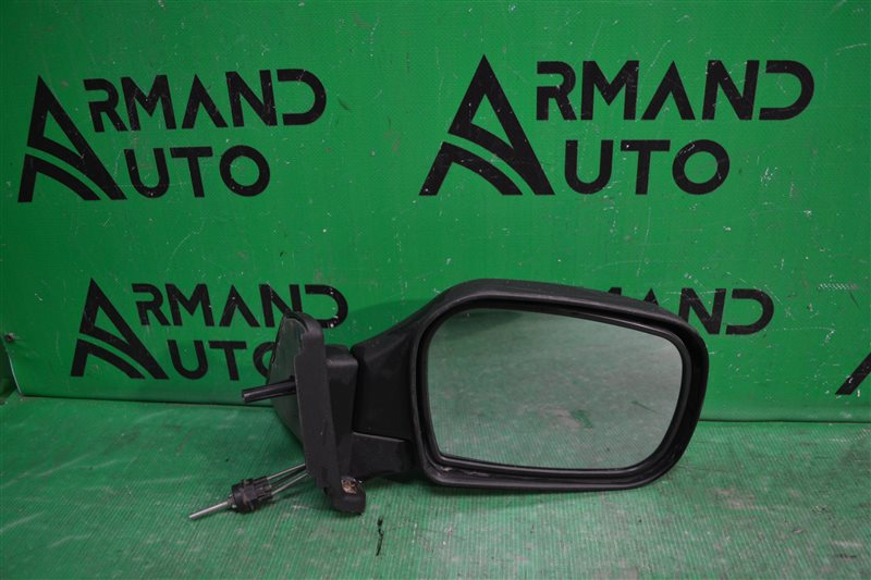 Зеркало Chevrolet Niva 2002 правое (б/у)