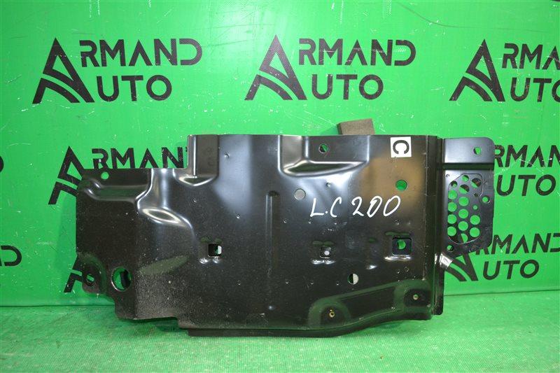 Защита картера двигателя Toyota Land Cruiser 200 2007 левая (б/у)