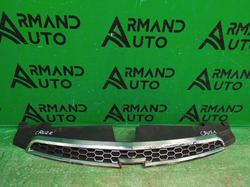 Решетка радиатора Chevrolet Cruze 2009 (б/у)