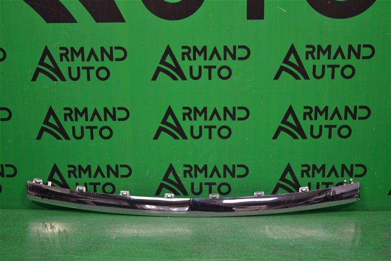 Накладка бампера amg Mercedes С W205 2014 передняя (б/у)