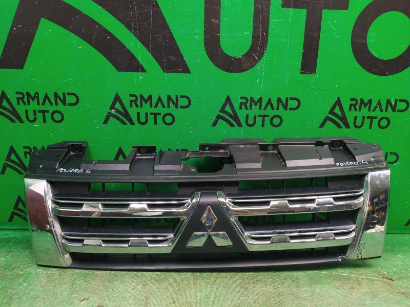 Решетка радиатора Mitsubishi Pajero 4 РЕСТАЙЛИНГ 2011 (б/у)