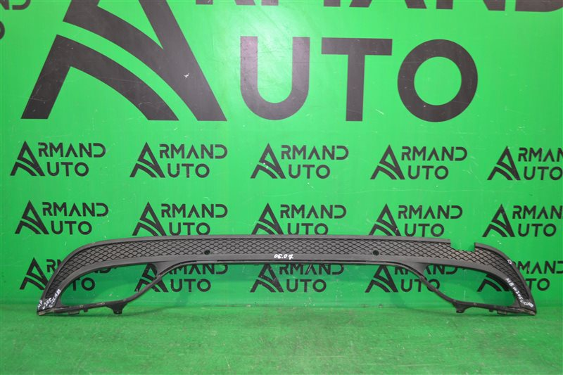 Юбка бампера Mercedes С W205 2014 задняя нижняя (б/у)