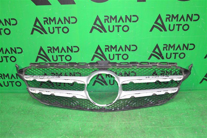 Решетка радиатора Mercedes С W205 2014 (б/у)