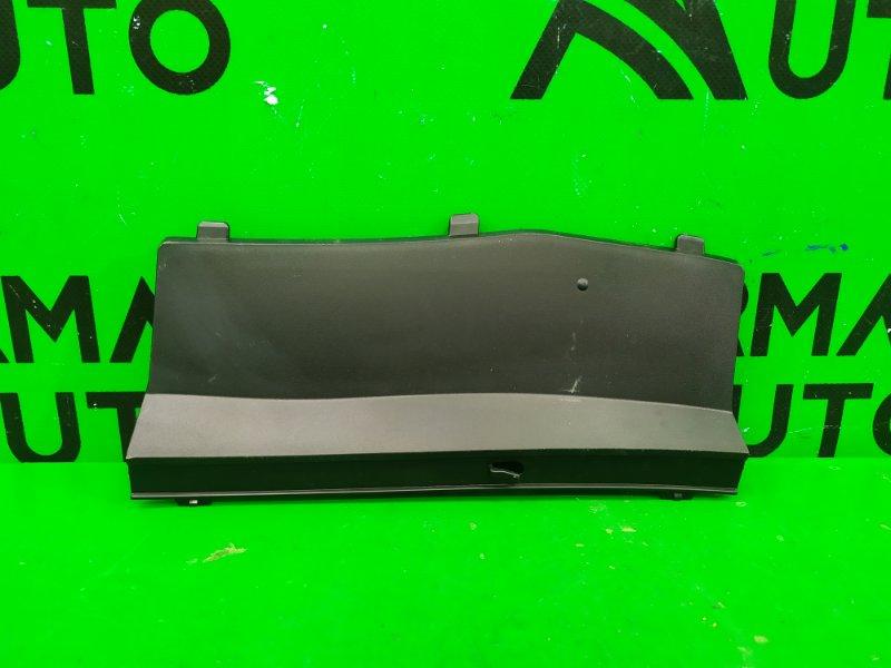 Накладка жабо Toyota Rav4 CA40 2012 (б/у)