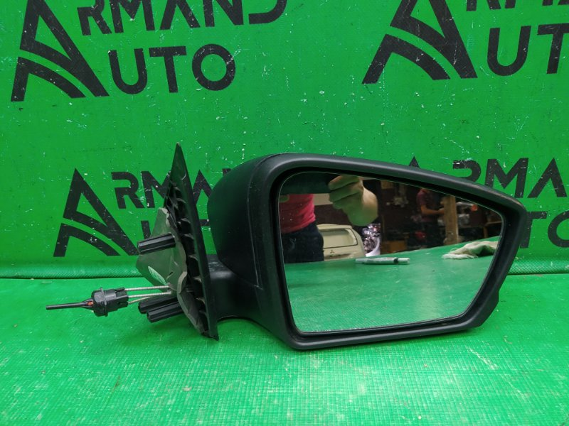 Зеркало Lada Granta 2011 правое (б/у)