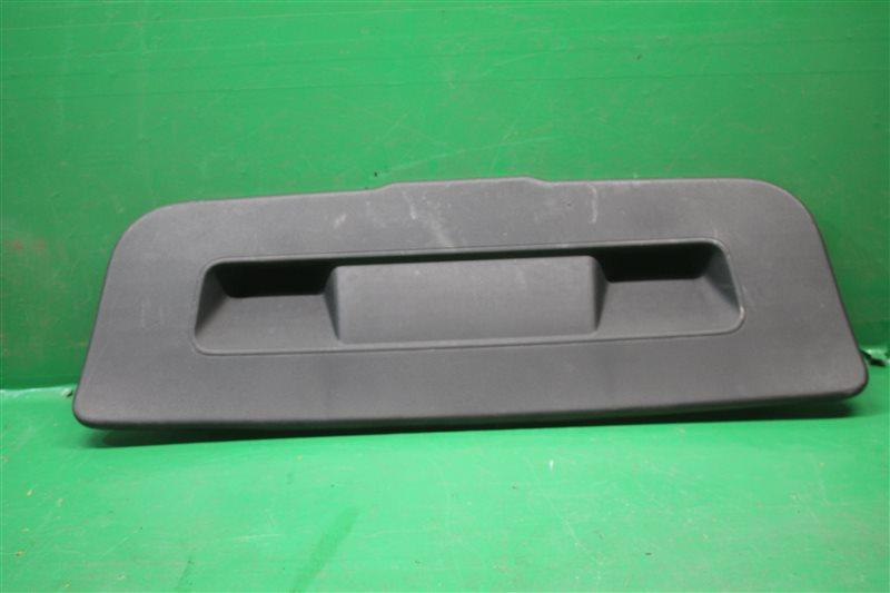 Обшивка крышки багажника Volkswagen Polo 5 SEDAN 2010 (б/у)