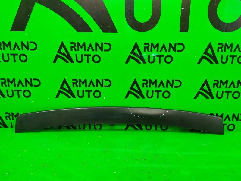 Накладка бампера Volkswagen Touareg 2 2010 задняя (б/у)