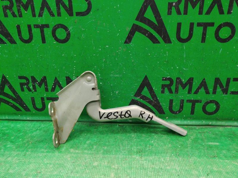 Петли капота Lada Vesta 2015 правые (б/у)