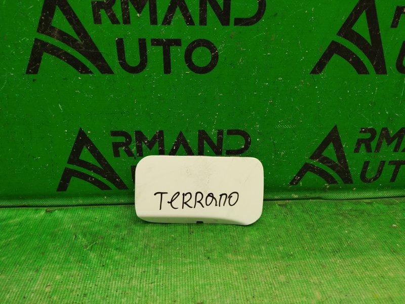 Заглушка буксировочного крюка Nissan Terrano 3 2014 задняя (б/у)